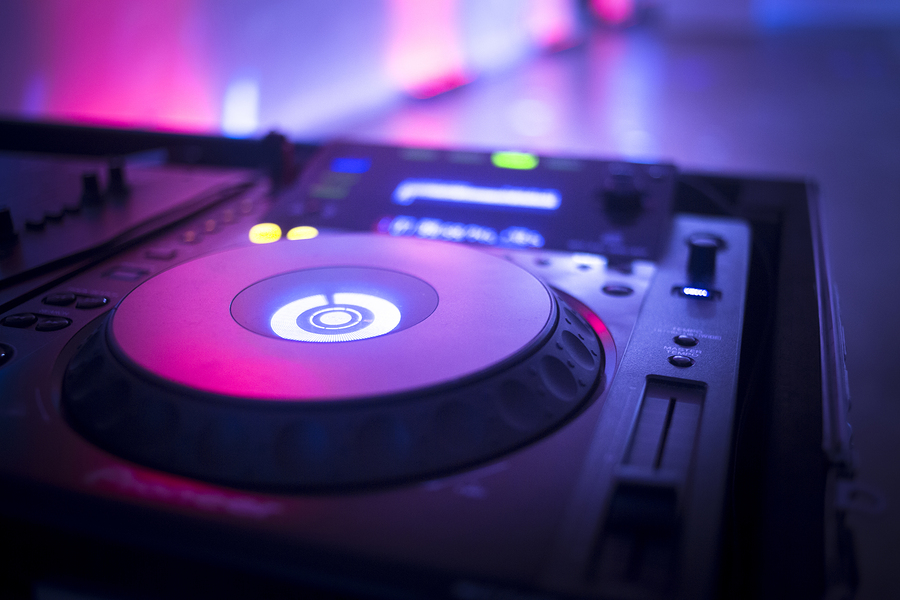 Wedding DJ Blog Professional DJ vs. Friend with Spotify: What's the Right Choice for Your Wedding?